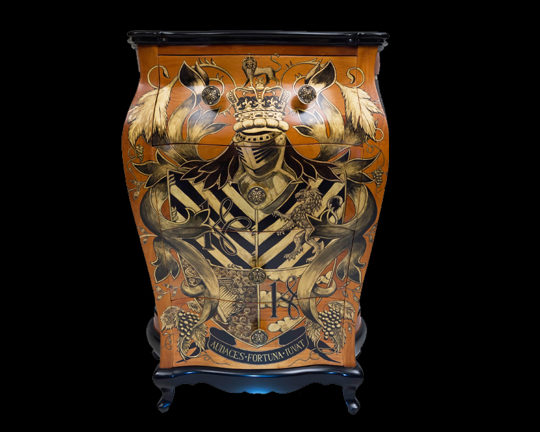 Coat of Arms painted on Chest of drawers